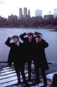 The Beatles (John Lennon, Paul McCartney, Ringo Starr) 1964 © 1978 Gunther - Image 7685_0061