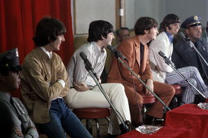 The Beatles (George Harrison, Paul McCartney, John Lennon, Ringo Starr) at Capitol Records in Hollywood, CA1966 © 1978 Bruce McBroom - Image 7685_0241
