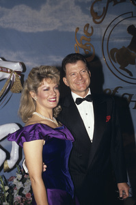 Mary Hart with husband Burt Sugarman1990 © 1990 Gunther - Image 7720_0020