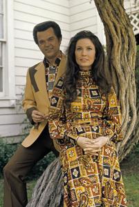 Loretta Lynn and Conway Twittycirca 1972 © 1978 Bud Gray - Image 7734_0045