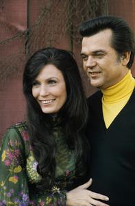 Loretta Lynn and Conway Twitty circa 1972 © 1978 Bud Gray - Image 7734_0046