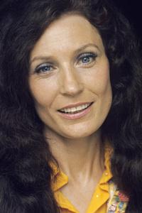 Loretta Lynncirca 1972 © 1978 Bud Gray - Image 7734_0050