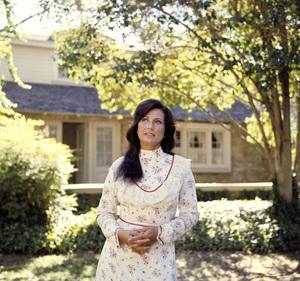 Loretta Lynn1973 © 1978 Bud Gray - Image 7734_0068