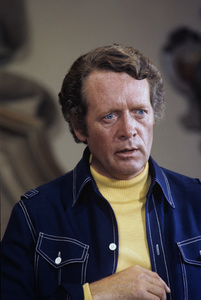 "Patrick McGoohan during the filming of an episode of ""Columbo""1974 © 1978 Bud Gray - Image 7812_0001"