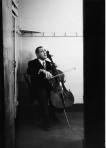 Gregor Piatigorsky rehearsing in Los Angeles 1951 © 1978 Bob Willoughby - Image 7839_249