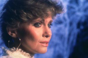 Olivia Newton-John1982**H.L. - Image 7861_0038