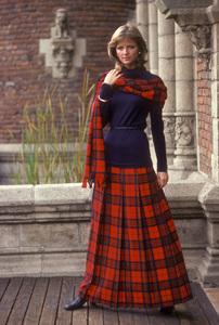 Cheryl TiegsDec. 1975 © 1978 Sid Avery - Image 7887_0120