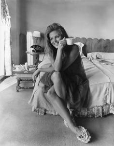 "Claudia Cardinale""Circus World""1964 - Image 7921_0051"