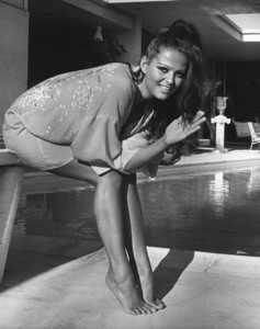 Claudia Cardinale at home1966 © 1978 David Sutton - Image 7921_0057