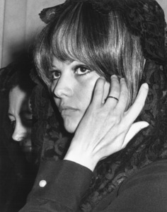 Claudia Cardinale after audience with Pope Paul VI1967 - Image 7921_0065