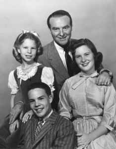 Ralph Edwards with his children Lorie, Gary and Christinecirca 1959Photo by Gerald Smith - Image 7978_0004