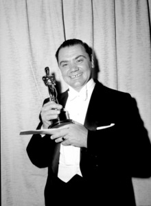 """Academy Awards: 28th Annual,""Ernest Borgnine.  1956. - Image 7979_0004"