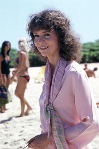Barbara Feldon1979** H.L.  - Image 7988_0004