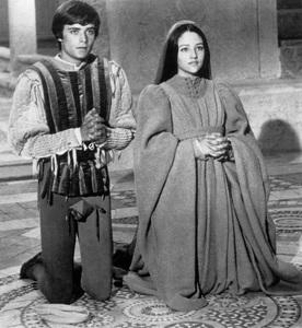 """Romeo & Juliet""Leonard Whiting, Olivia Hussey1968 Paramount - Image 8106_0005"