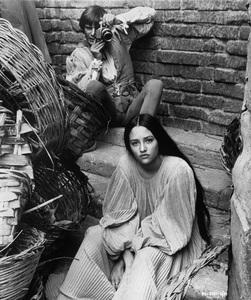 """Romeo & Juliet""Leonard Whiting, Olivia Hussey1968 Paramount - Image 8106_0011"