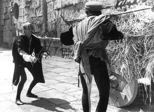 """Romeo & Juliet""John McEnery, Michael York1968 Paramount - Image 8106_0014"