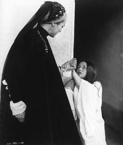 """Romeo & Juliet""Natasha Parry, Olivia Hussey1968 Paramount - Image 8106_0019"