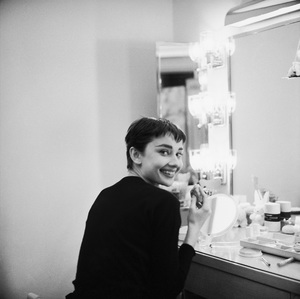 Audrey Hepburn photographed for Mademoiselle in 1954 in her dressing room backstage at Ondine 1954 © 2000 Mark Shaw - Image 8124_0088
