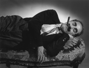 """Groucho Marx lying down on a couch for """"A Day at the Races""""1936 © 1978 Ted Allan - Image 820_75"""