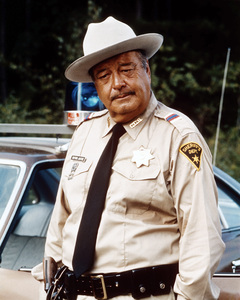 """Smokey and the Bandit""Jackie Gleason1977 Universal Pictures** I.V. / M.T. - Image 8209_0025"