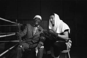 """""""Somebody Up There Likes Me""""Paul Newman, Louis Armstrong1956© 1978 Sanford Roth / A.M.P.A.S. - Image 8216_0009"""