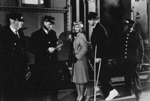 """Double Indemnity""Barbara Stamwyck, Fred MacMurray1944 Paramount / MPTV - Image 8294_0009"