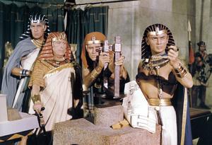 """Ten Commandments""Vincent Price, Cedric Hardwicke, Charlton Heston, Yul Brynner1956 Paramount - Image 8340_0021"