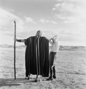 """""""Ten Commandments, The""""Charlton Heston with directorCecil Demille on location in Egypt.1956/Paramount © 1978 Ken Whitmore - Image 8340_0078"""