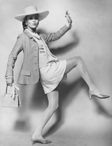"""The Thomas Crown Affair""Faye Dunaway1968 United Artists - Image 8384_0052"