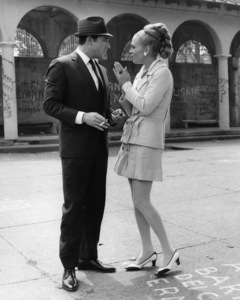"""The Thomas Crown Affair""Paul Burke, Faye Dunaway1968 Solar Productions - Image 8384_0214"