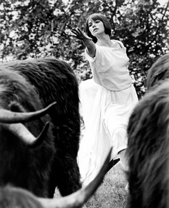 """Women in Love""Glenda Jackson1969 United Artists - Image 8563_0004"