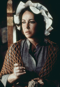"""Blue Bird, The""Elizabeth Taylor1976 20th Century Fox - Image 8682_0014"