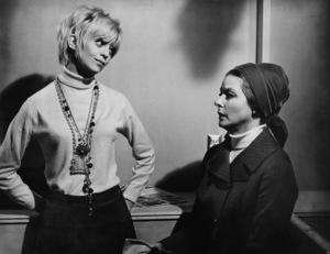 """Cactus Flower""Goldie Hawn, Ingrid Bergman1969 Columbia Pictures - Image 8719_0002"