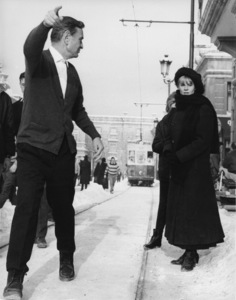 """Doctor Zhivago""Julie Christie with director David Lean1965** L.C. - Image 8849_0008"