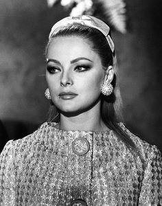 """""""Anyone Can Play""""Virna Lisi1967 Documento Films / Paramount Pictures - Image 9003_0011"""