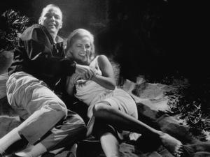 """Assault On A Queen""Frank Sinatra, Virna Lisi1966 Paramount - Image 9005_0011"