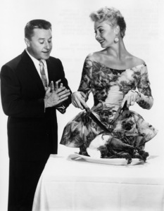 """""""The Birds and the Bees""""George Gobel, Mitzi Gaynor1956 Paramount Pictures - Image 9010_0014"""