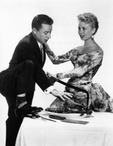 """""""The Birds and the Bees""""George Gobel, Mitzi Gaynor1956 Paramount Pictures - Image 9010_0016"""