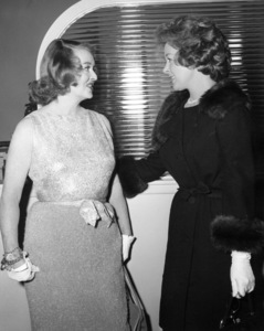 """Where Love Has Gone""Bette Davis and Susan Hayward behind the scenes, 1964.Photo by Bud Fraker - Image 9037_0005"
