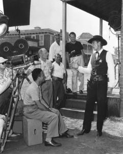 """High Noon""Gary Cooper, Fred Zinnemann1952 Universal**I.V. - Image 9050_0020"