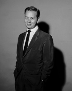 "Mel Torme during ""House Party"" Nov. 8, 1956 © 1978 Sid Avery / MPTV **Double rate image** - Image 9057_32"