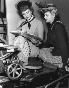 """""""Gaslight""""Ingrid Bergman & Angela Lansbury1944 MGM**I.V. - Image 9165_0022"""