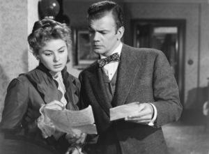 """Gaslight""Ingrid Bergman, Joseph Cotten1944 MGM**I.V. - Image 9165_0029"