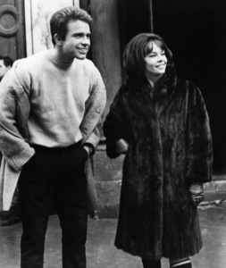 """""""Promise Her Anything"""" Leslie Caron, Warren Beatty 1965 Paramount Pictures - Image 9168_0003"""