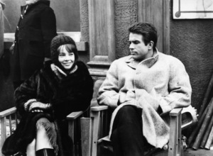 """""""Promise Her Anything"""" Leslie Caron, Warren Beatty 1965 Paramount Pictures - Image 9168_0016"""