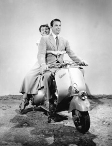 """Roman Holiday""Gregory Peck, Audrey Hepburn1953 / Paramount**I.V. - Image 9202_0019"