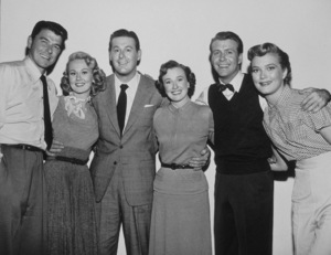 """""""Shes Working Her Way Through College""""R. Reagan, V. Mayo, D. DeFore, P. Thaxter, G. NelsonP. Wymore1952 Warner Bros. © 1978 L. MacLeanMPTV - Image 9206_0002"""