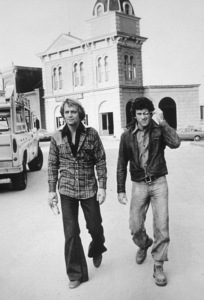 """Starsky and Hutch""David Soul & Paul Michael Glaser at Warner Bros. set1977 © 1978 Ulvis Alberts - Image 9220_0258"