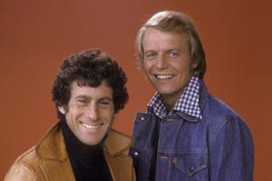 """Starsky and Hutch""David Soul, Paul Michael Glaser1979 **H.L. - Image 9220_0290"