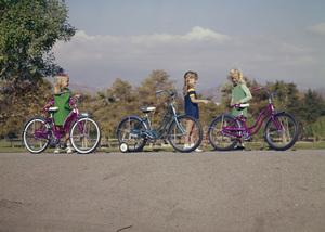 Bicycles (Schwinn)circa 1967 / Griffith Park © 1978 Sid Avery - Image 9245_0010
